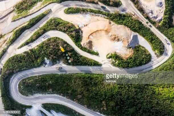 aerial skytte på byggarbetsplatsen. - gruvindustri bildbanksfoton och bilder