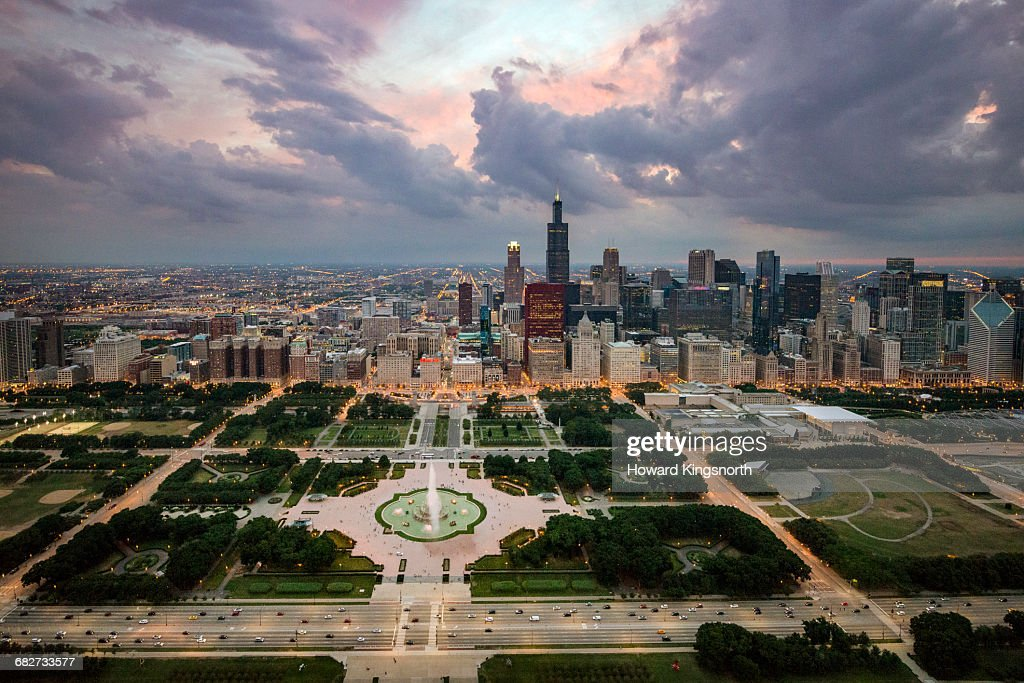Aerial shot of Chicago at dusk : Stock Photo