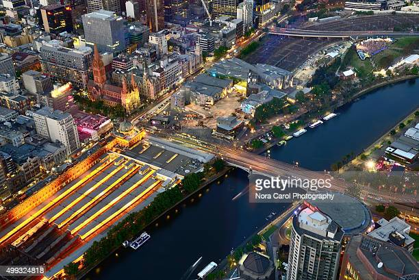 Aerial shot of Yarra river and Melbourne city