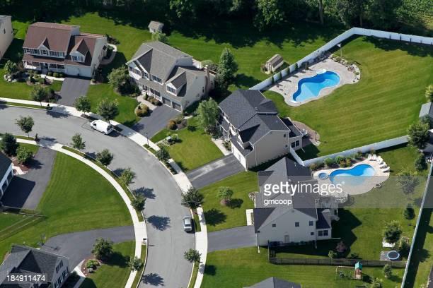 Vue aérienne de la banlieue de la Subdivision de piscines