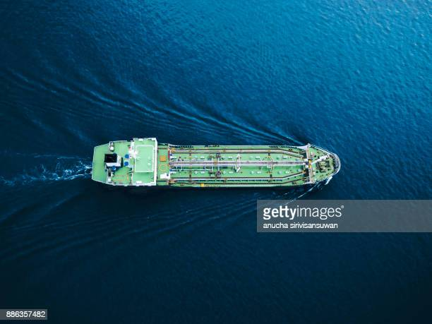 aerial top view tanker ship park in sea . - tanker - fotografias e filmes do acervo