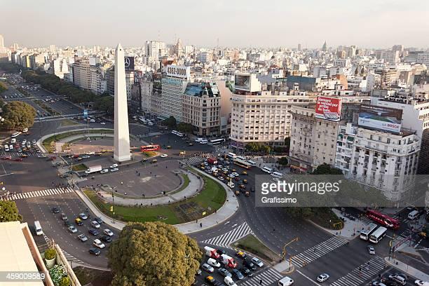 vista aérea buenos aires argentina con obelisco - obelisco de buenos aires fotografías e imágenes de stock