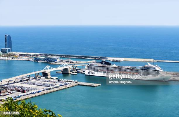 aerial view cruise ship in port vell, barcelona - passenger craft stock pictures, royalty-free photos & images
