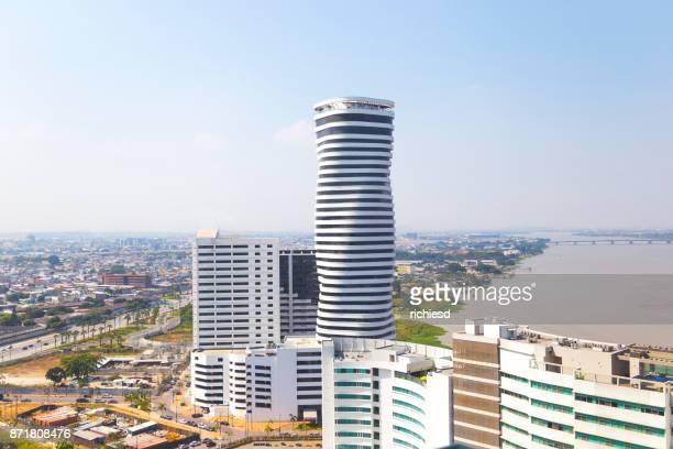 vista aérea de guayaquil - guayaquil fotografías e imágenes de stock