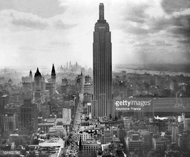 Aerial view in the 1930s of the Empire State Building Built in 1931 near Central Park the Empire State Building watches over Manhattan from its...