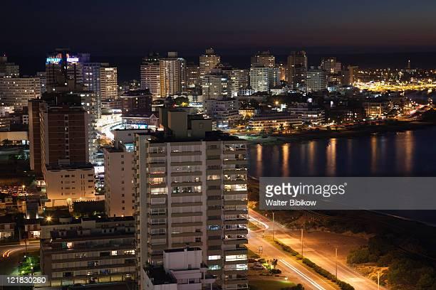aerial view in the evening, punta del este, uruguay, february 2009 - maldonado uruguay stock pictures, royalty-free photos & images