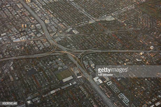 aerial view of 405 freeway in los angeles, california - highway 405 stock photos and pictures