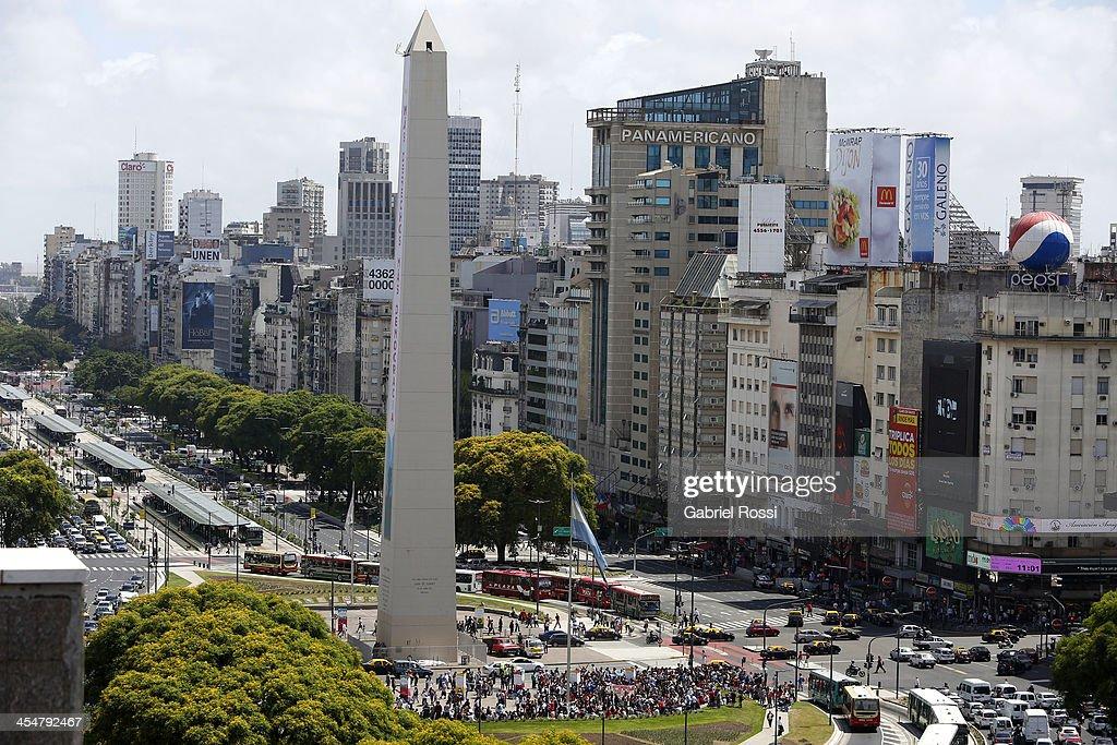 Aerial Views of 9 de Julio Avenue : News Photo