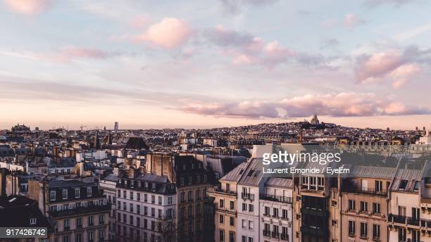 aerial view of a city - paris stockfoto's en -beelden