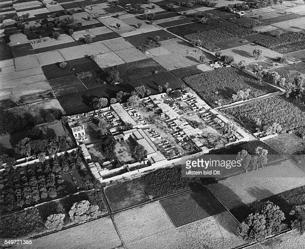 Aerial view of a village in the Pandschab area with the watering system Vintage property of ullstein bild