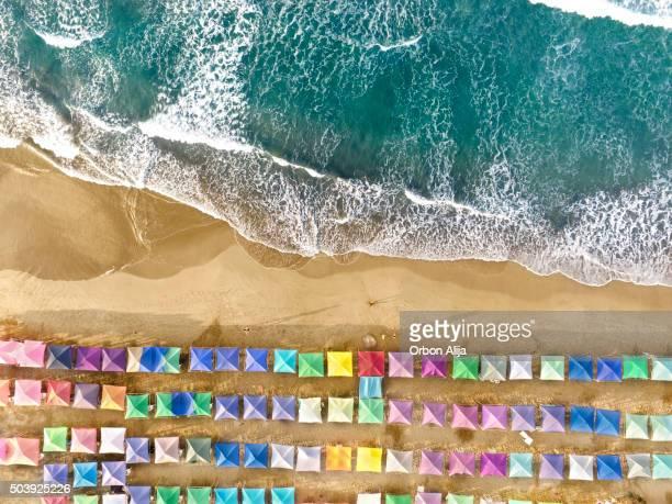 Luftbild von einem Strand in Mexiko
