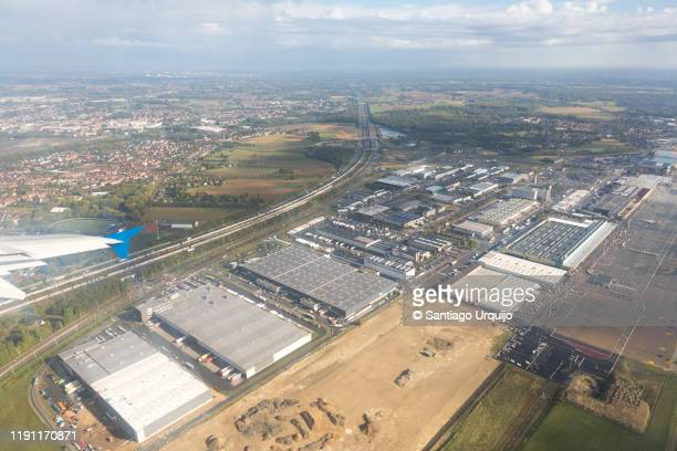 aerial view of airport of brussels - zaventem airport stock pictures, royalty-free photos & images