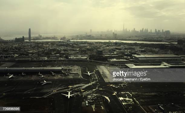 aerial view of airport - dubai airport stock photos and pictures