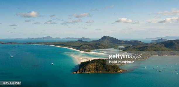 aerial view of australia - queensland foto e immagini stock