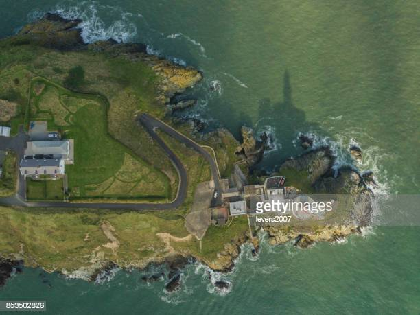 Vista aérea del faro de Baily, Howth Head, Dublín, Irlanda.