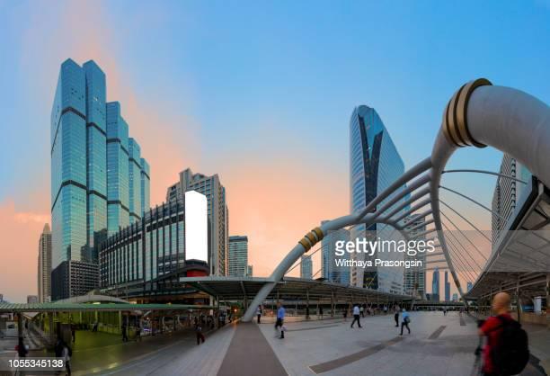 aerial view of bangkok city modern office buildings, condominium, hotel in bangkok city downtown business and finance. - bangkok foto e immagini stock