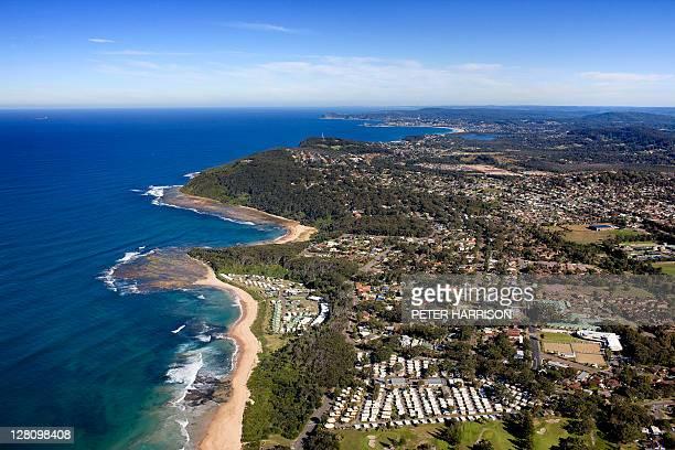 aerial view of bateau bay, central coast, nsw, australia - bucht stock-fotos und bilder