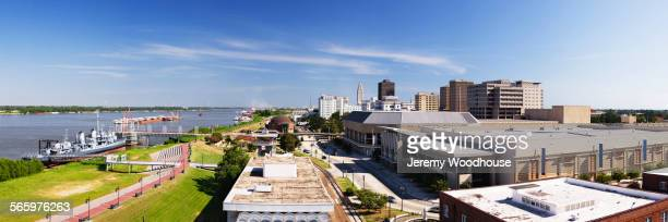 aerial view of baton rouge cityscape and waterfront, louisiana, united states - baton rouge stock pictures, royalty-free photos & images
