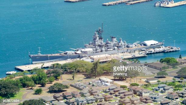 aerial view of battleship missouri memorial - pearl harbor stock pictures, royalty-free photos & images