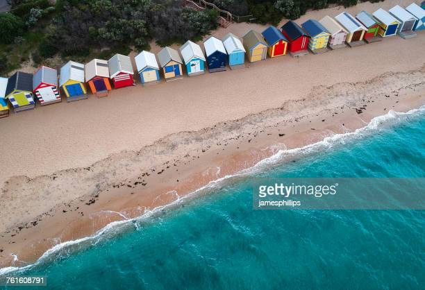 aerial view of beach huts on brighton beach, melbourne, victoria, australia - melbourne austrália - fotografias e filmes do acervo