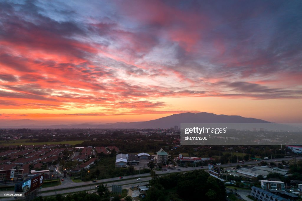 Aerial view of Beautiful sunset over Chiangmai city : Stock-Foto