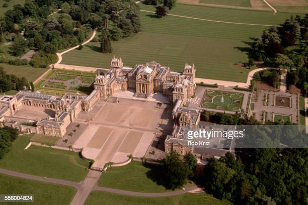 aerial view of blenheim palace - blenheim palace stock pictures, royalty-free photos & images