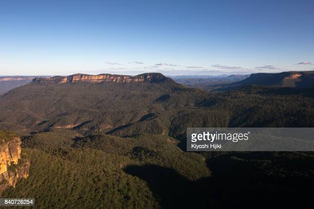 aerial view of blue mountain, new south wales, australia - blue mountains national park stock pictures, royalty-free photos & images
