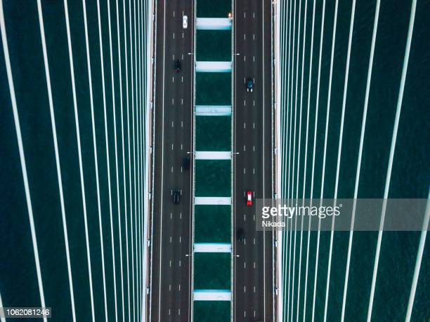 veduta aerea del ponte a hong kong - business finance and industry foto e immagini stock