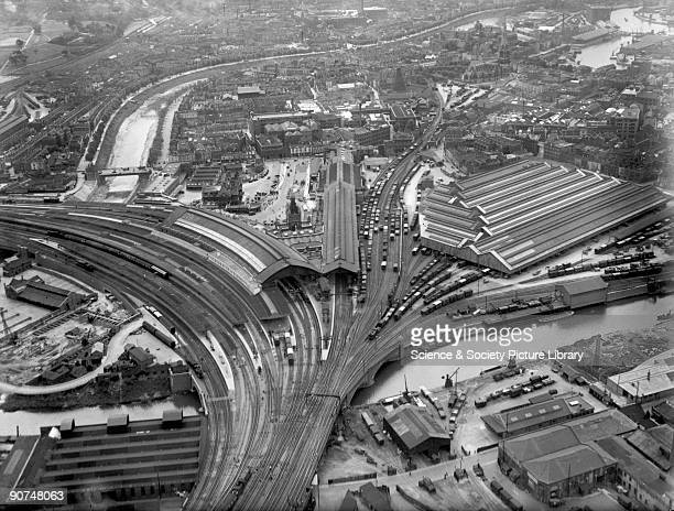 Aerial view of Bristol Temple Meads Station 25 March 1936 In the centre are the train shed and Matthew Digby's station buildings of 1878 with...