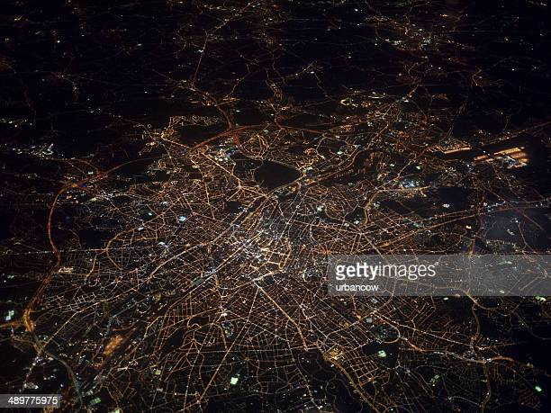 aerial view of brussels at night - verlicht stockfoto's en -beelden