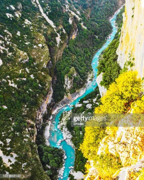 aerial view of canyon du verdon and its turquoise river - gorges du verdon photos et images de collection