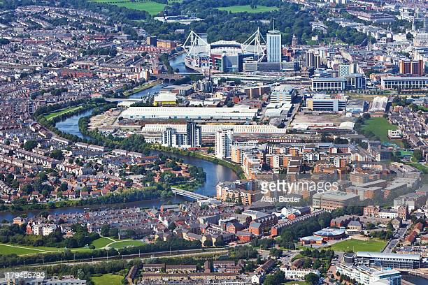 aerial view of central cardiff - cardiff galles foto e immagini stock