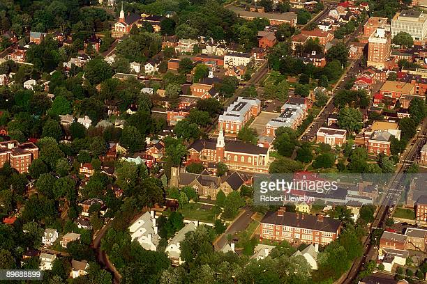 aerial view of charlottesville, virginia - charlottesville stock pictures, royalty-free photos & images