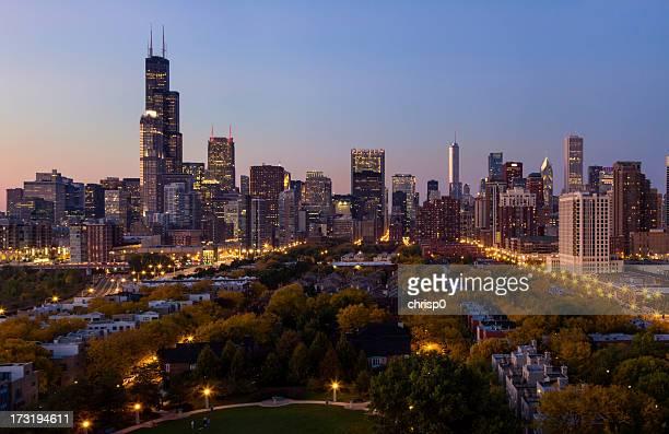 Luftbild von Chicago bei Dämmerung