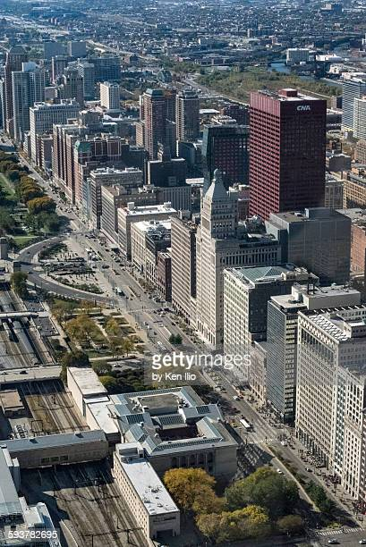 aerial view of chicago - ken ilio stock photos and pictures