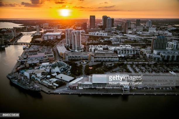 aerial view of city at sunset - city_(florida) stock pictures, royalty-free photos & images