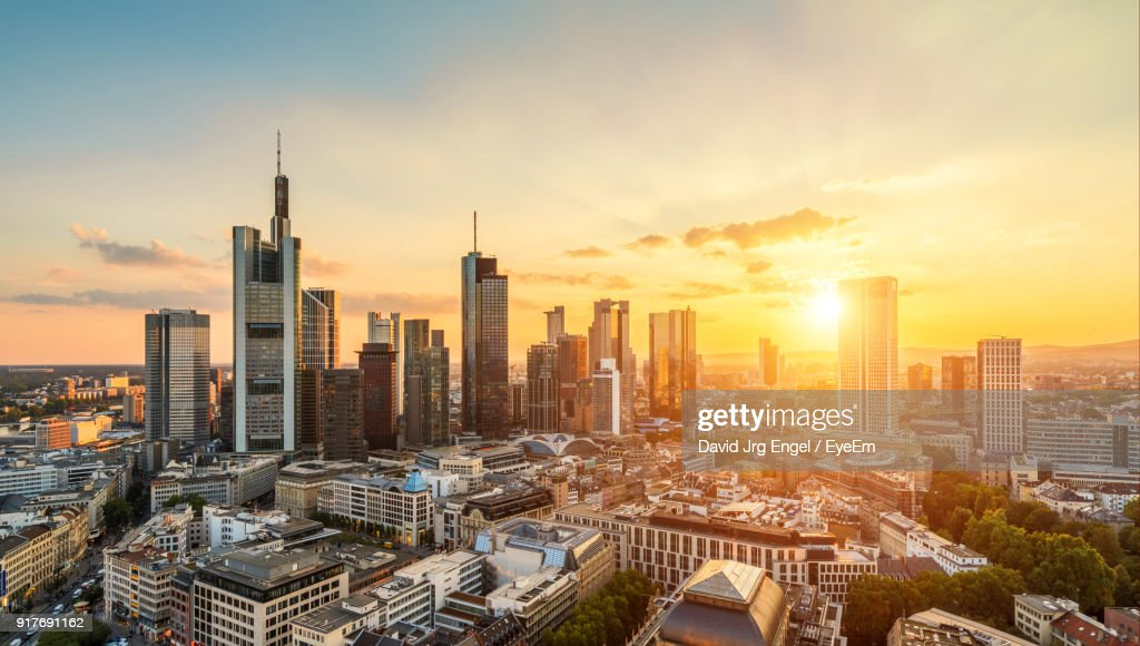 Aerial View Of City At Sunset : Stock-Foto