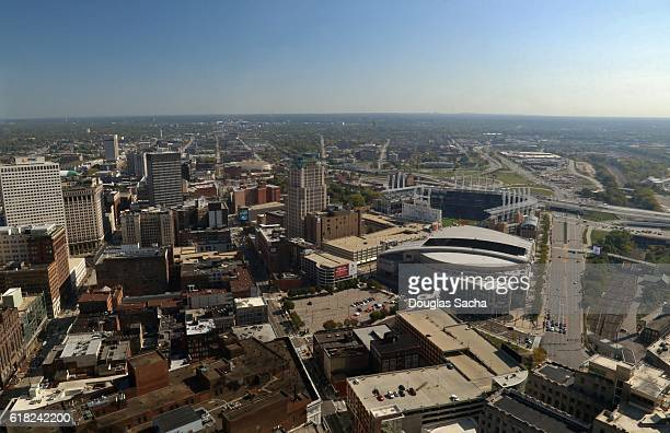 aerial view of cleveland city, ohio, usa - rock and roll hall of fame cleveland stock pictures, royalty-free photos & images