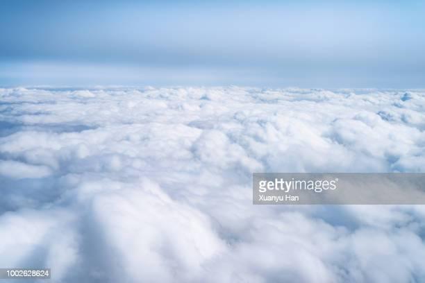 aerial view of clouds - nuvens fofas imagens e fotografias de stock