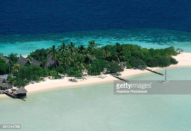 aerial view of cocoa ialand - male maldives stock pictures, royalty-free photos & images