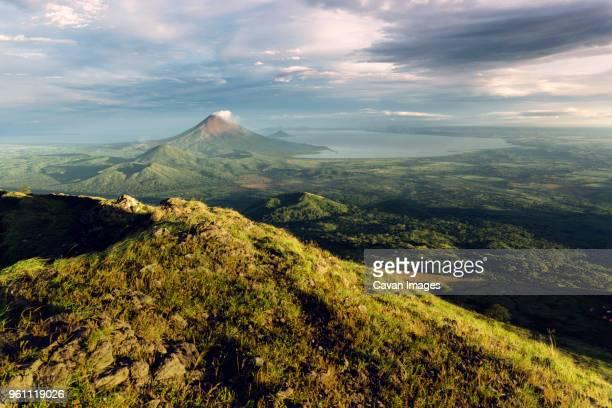 aerial view of concepcion volcano green landscape against cloudy sky - leon boden stock-fotos und bilder