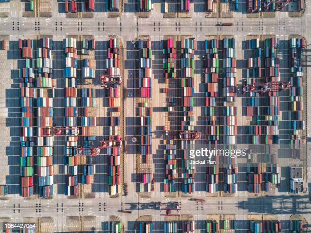 aerial view of container terminal - 貨物用コンテナ ストックフォトと画像