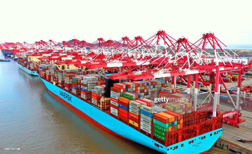 Yangshan Deepwater Port In Shanghai : News Photo