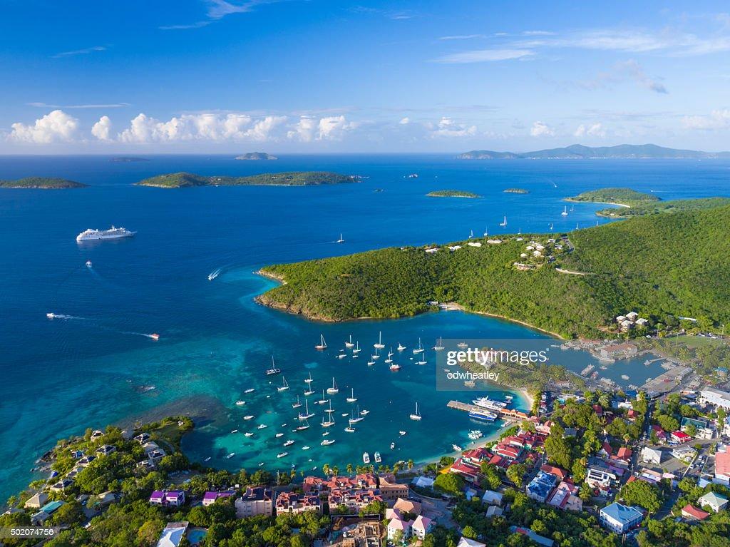 Luftbild von Cruz Bay, St. John'in US Virgin Islands : Stock-Foto