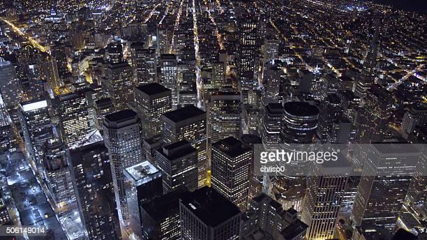 Vue aérienne du centre-ville de San Francisco dans la nuit