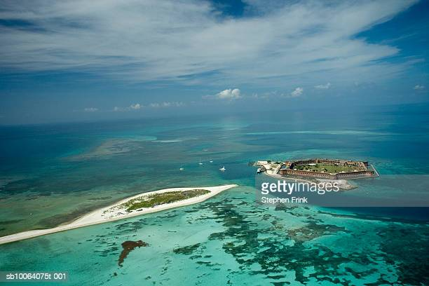 aerial view of dry tortugas national park, fort jefferson, dry tortugas - dry tortugas stock pictures, royalty-free photos & images