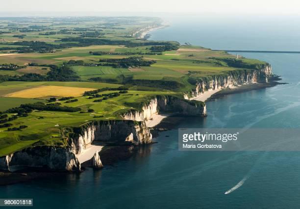 aerial view of etretat cliffs, etretat, normandy, france - haute normandie stockfoto's en -beelden