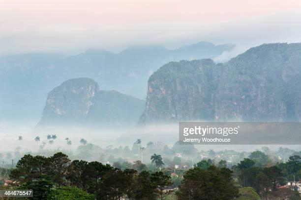aerial view of foggy coastline, vinales, pinar del rio, cuba - valle de vinales stock-fotos und bilder