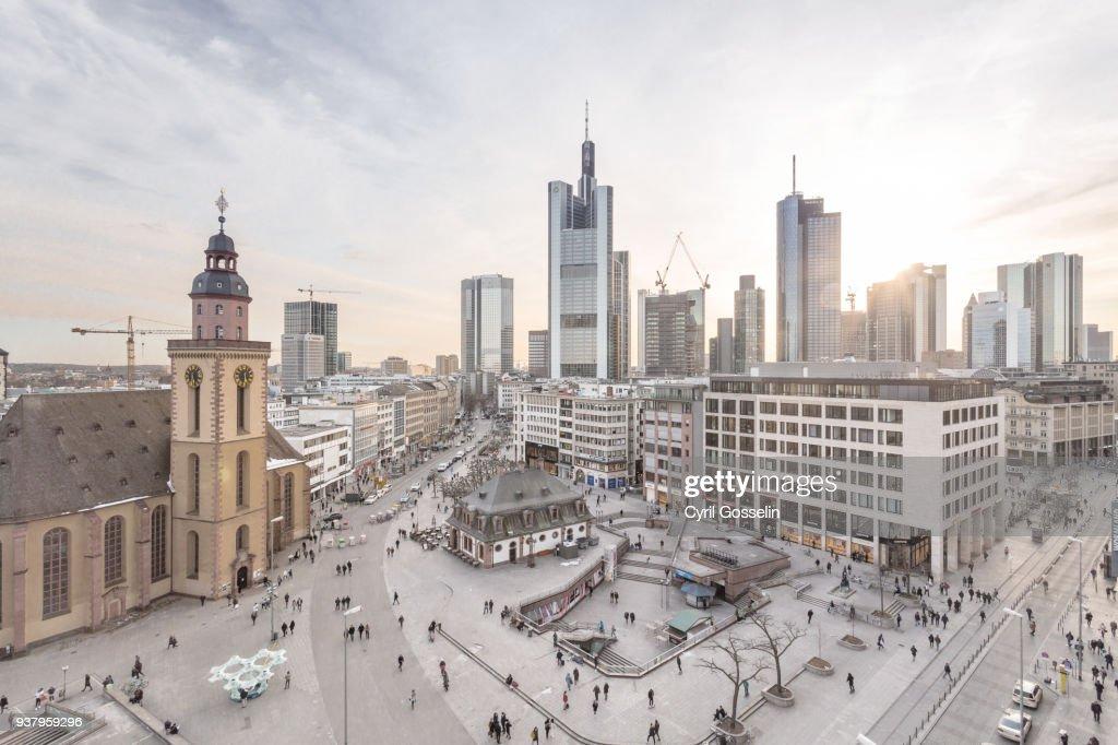 Aerial view of Frankfurt Hauptwache and skyline : Stock-Foto