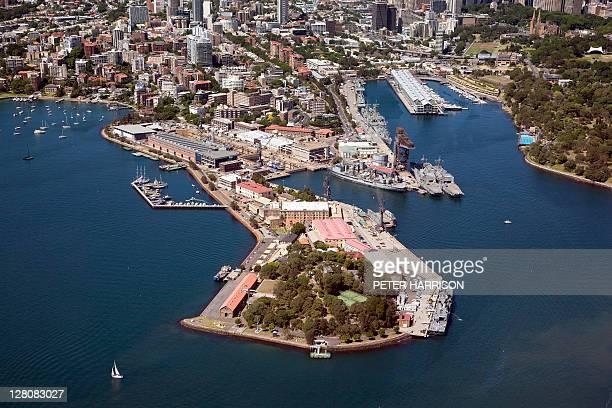 aerial view of garden island, sydney, new south wales, australia - オーストラリア海軍 ストックフォトと画像